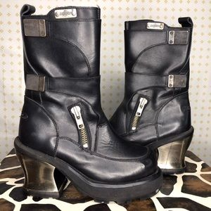 METAL CHUNKY HEEL BOOTS from DESTROY
